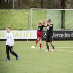 Louise Meiners maakt een high five met Ruben Nicolai